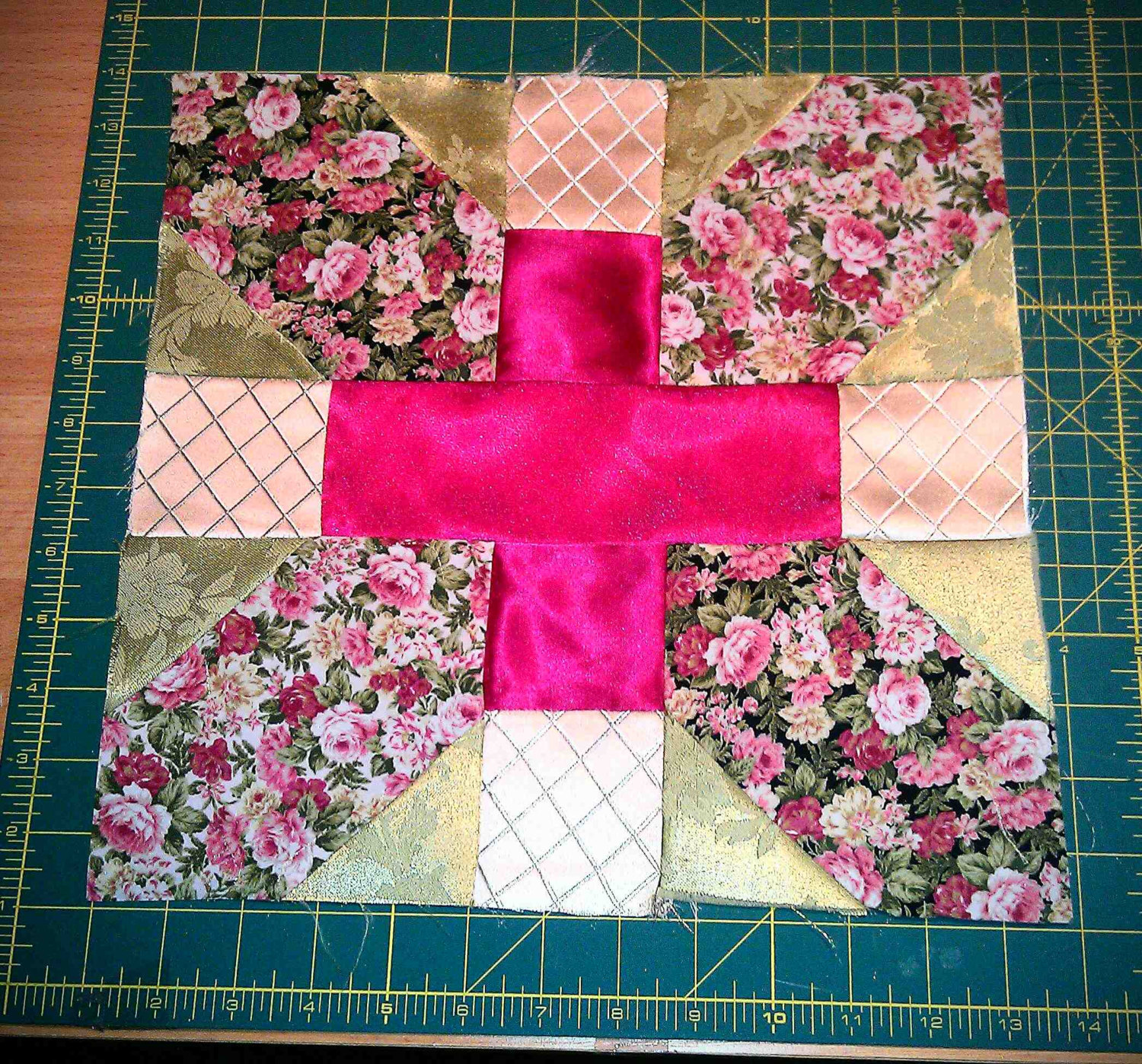 X plus quilt 125 block 14 inch seam 4 pieces aka spool x plus quilt 125 block 14 inch seam 4 pieces aka spool block by nancy cabot 1937 acrylic quilt templates pronofoot35fo Choice Image